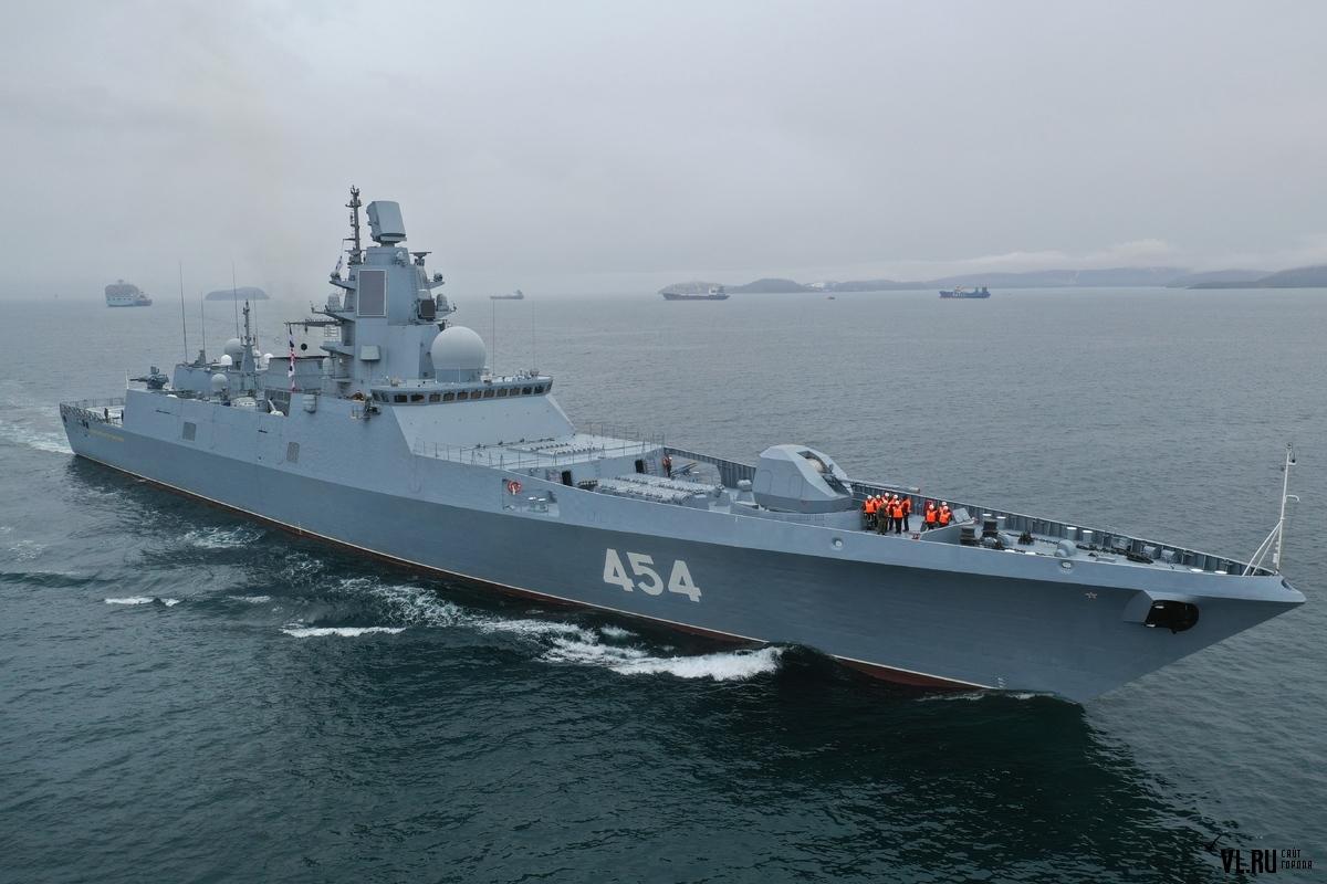 Project 22350: Admiral Sergei Gorshkov #2 - Page 12 01-7459393-admiral-gorshkov-pribytie-vo-vladivostok-1.5.2019-g