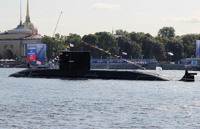 Project 677: Lada/Amur(export) class Submarine - Page 18 25-7721793-700-kronshtadt-sudostroenie